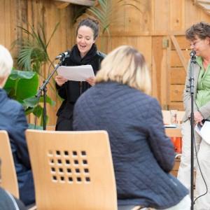Kaiserslautern, Gartenschau, Blumenhalle, Lesung Natalie Forester und Madeleine Giese.
